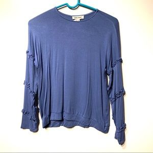 faded heart girls blue shirt size XL extra large